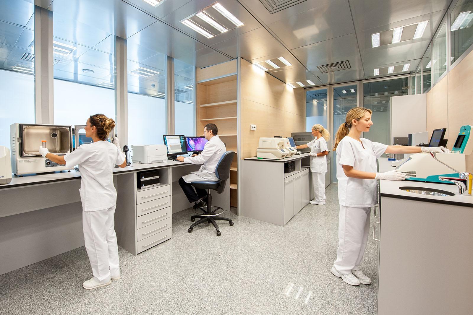 Análisis-Clínicos-Clínica-Rotger-Hospital-Mallorca-Laboratorio-Molecular