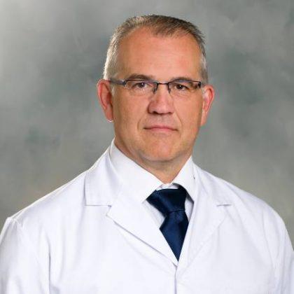 Doctor Ángel Carvajal Carrasco-Clínica Rotger-Grupo Quirónsalud