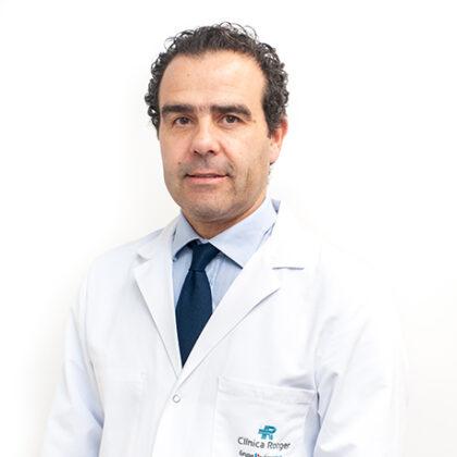 Doctor-Alejandro-Pablo-Formica-Clínica-Rotger-Grupo Quirónsalud