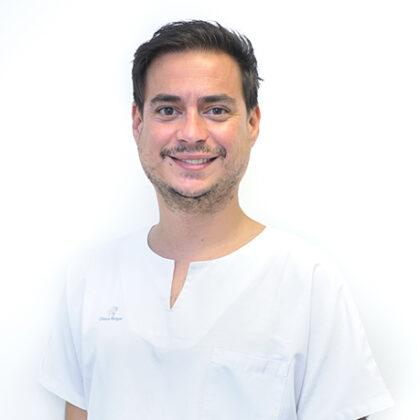 Dr-Hector-Martín-Garijo-Clínica-Rotger