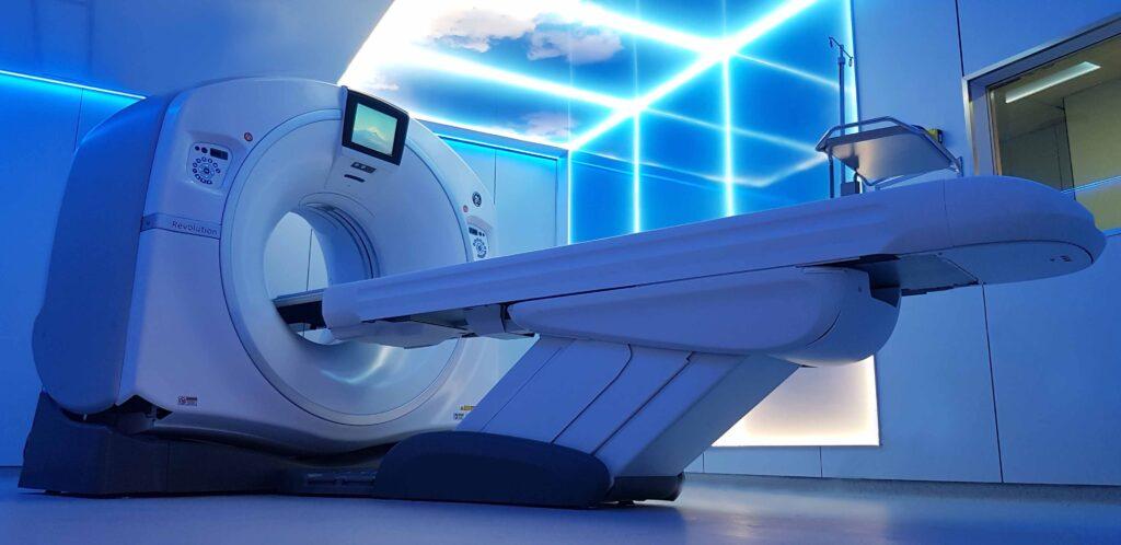 TAC del Hospital Quirónsalud Palmaplanas que proporciona imágenes tridimensionales de 128 cortes.